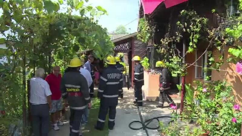 femeie incendiata