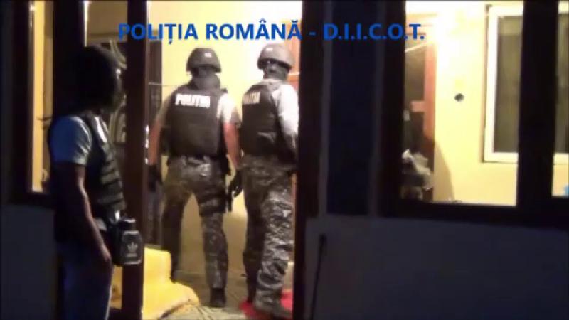 Reţea de traficanţi de droguri, în Târgu Jiu