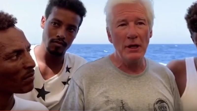 """Richard Gere, alături de refugiați: """"Trebuie să ne oprim din a diaboliza fiinţele umane"""""""