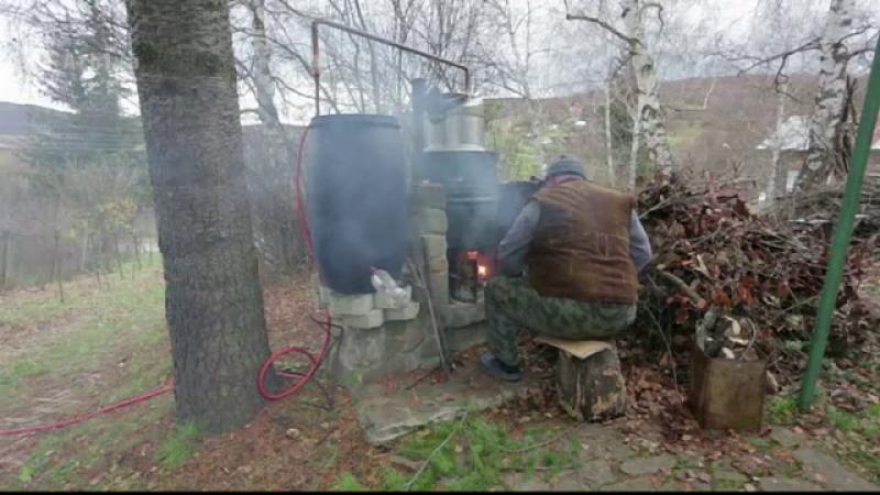 Bărbat din Vaslui, ars în timp ce pregătea cazanul cu ţuică