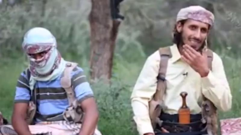 Război propagandistic între jihadiști. Clipul difuzat de Al-Qaeda pentru a umili ISIS
