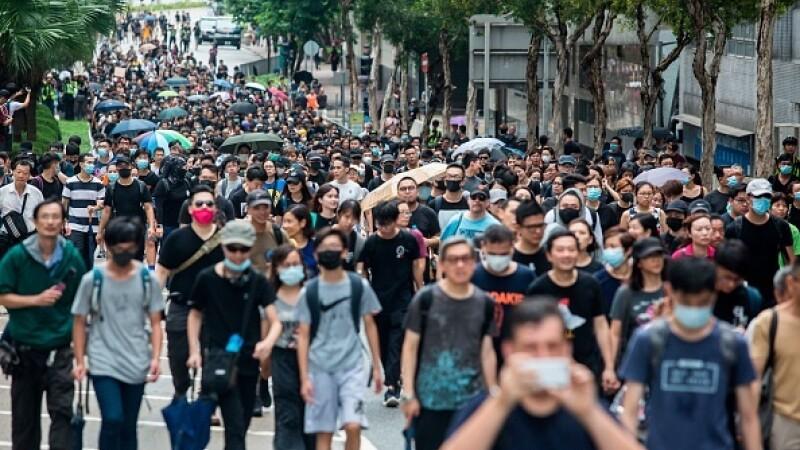 """Mii de profesori, în stradă la Hong Kong: """"Guvernul ne ignoră de luni de zile"""" - 1"""