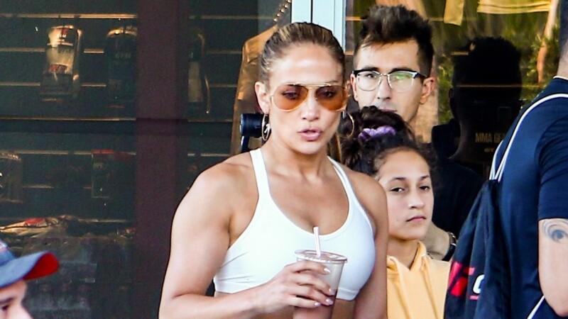 Jennifer Lopez a întors toate privirile, la sala de sport. Cum arată la 50 de ani