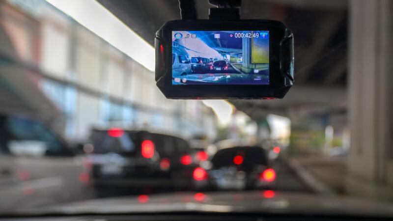 camera video pe masina