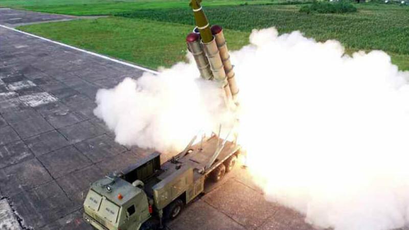 Test al unui lansator multiplu de rachete, in Coreea de Nord - 2