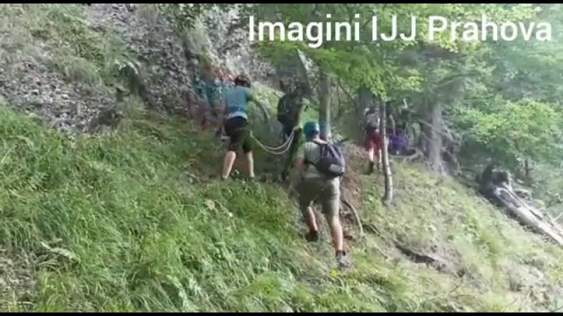 Turiști canadieni, blocați pe munte după ce au fost ghidați de GPS pe un drum greșit