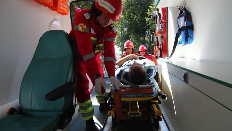 Caz șocant la Botoșani. În comă după ce a căzut în cap când i s-a tăiat ștreangul cu care se spânzurase