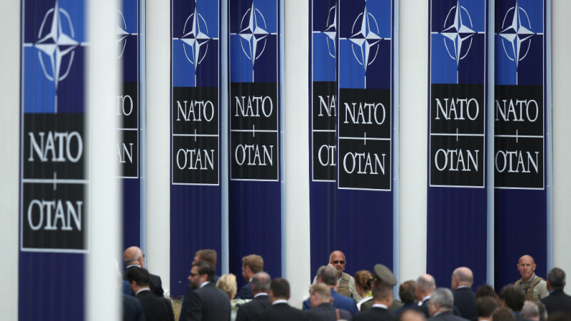 Ofițer NATO, arestat pentru spionaj în favoarea Rusiei. Ce pedeapsă riscă