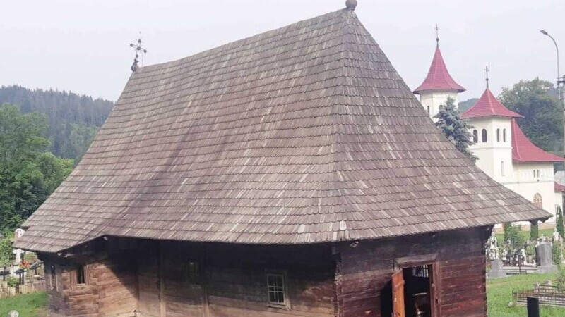 Biserica Putna
