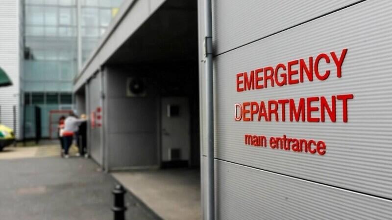intrare ambulanta spital marea britanie