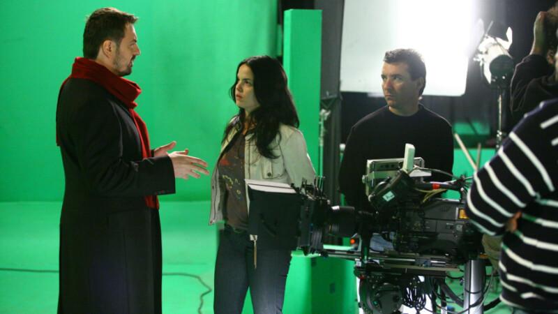 Responsabila pentru regia si grafica clipului este Olga Avramov