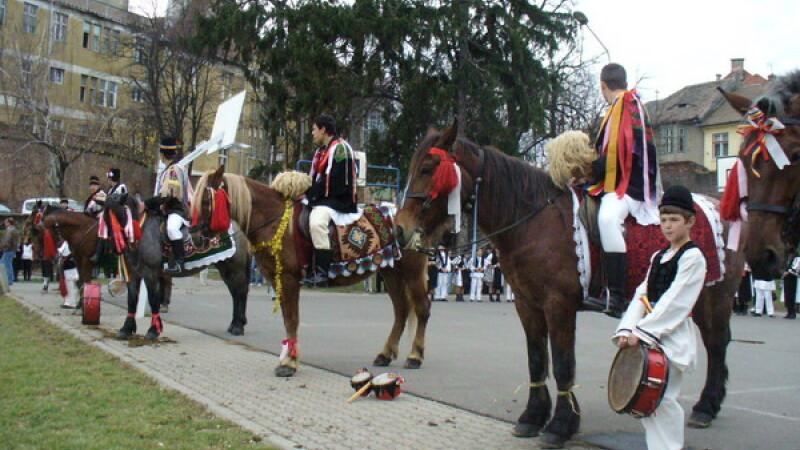 Parada impresionanta in centrul istoric al Sibiului