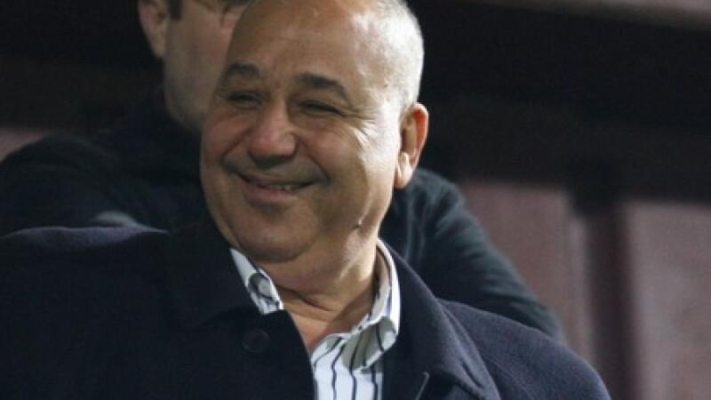 Din seria si bogatii plang, conacul lui Fathi Taher a fost pradat