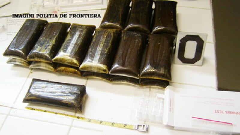 Traficanti de droguri arestati la Constanta! Aduceau hasis din Barcelona!