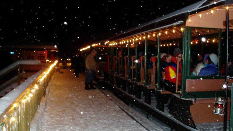 Trenulerul lui Mos Craciun are statie si in Timisoara!
