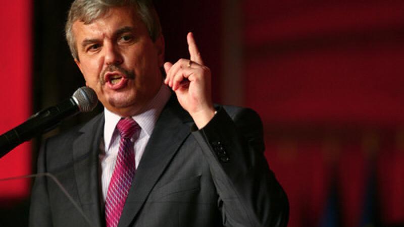 Cine este Dan Nica - ministru propus la Comunicatii, pe care l-a condus si in Guvernul Nastase