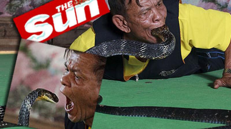 Sport periculos! Isi baga o cobra regala in gura!
