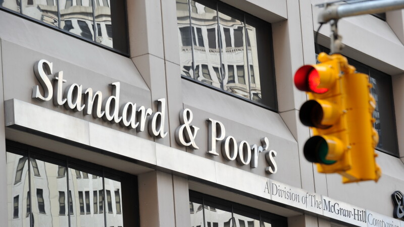 S&P a retrogradat Cipru cu o treapta, in categoria CCC -