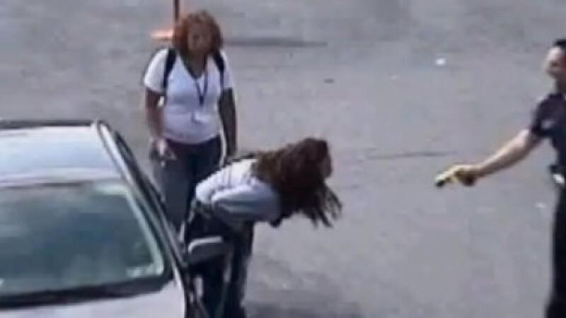 politist impusca o tanara