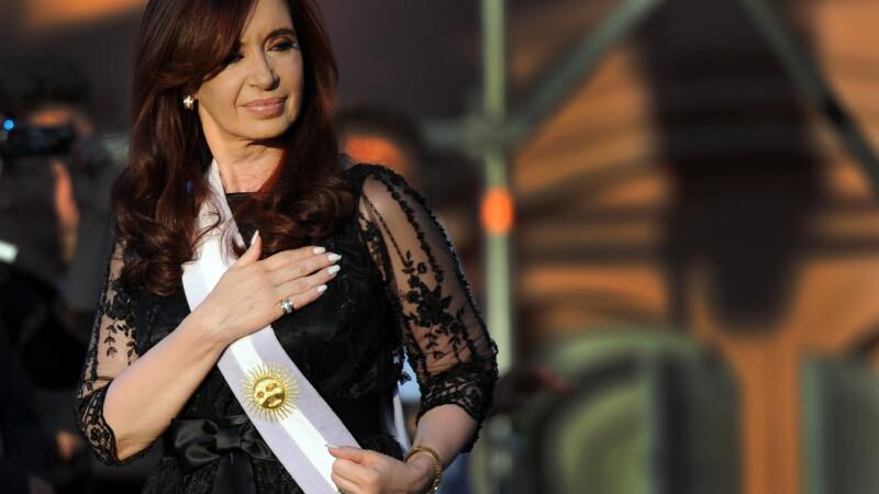 Soc in Argentina. Presedintele Cristina Fernandez are cancer