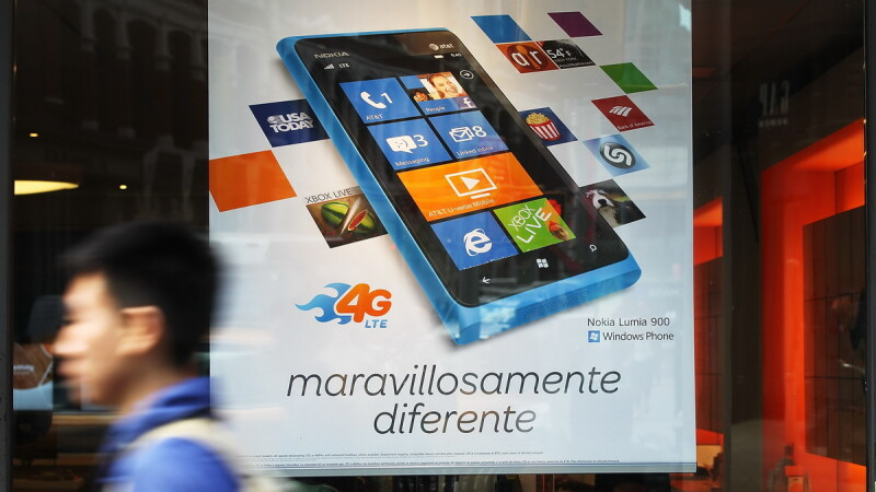 MWC 2013. Nokia a prezentat Lumia 720, care se va vinde cu aproximativ 249 euro. VIDEO