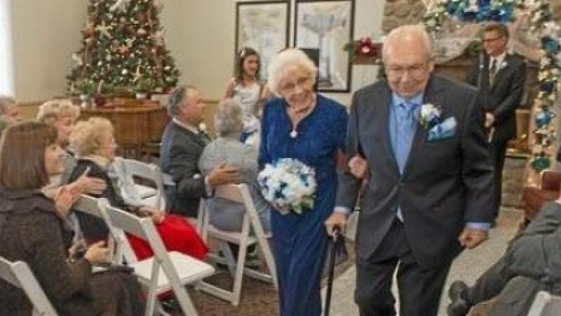 Doi britanici de 93 si 89 de ani au dovedit ca dragostea nu are varsta. Care este povestea lor