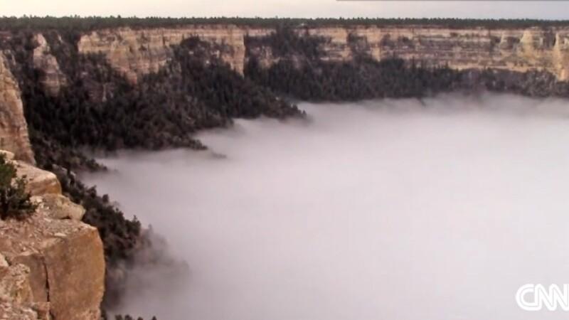 IMAGINI incredibile din Marele Canion. Un fenomen rar, surprins o data la zece ani. VIDEO