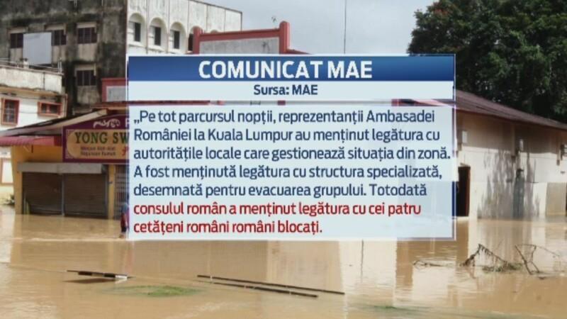 Cei patru romani blocati de inundatii intr-o statiune din Malaysia au fost salvati.