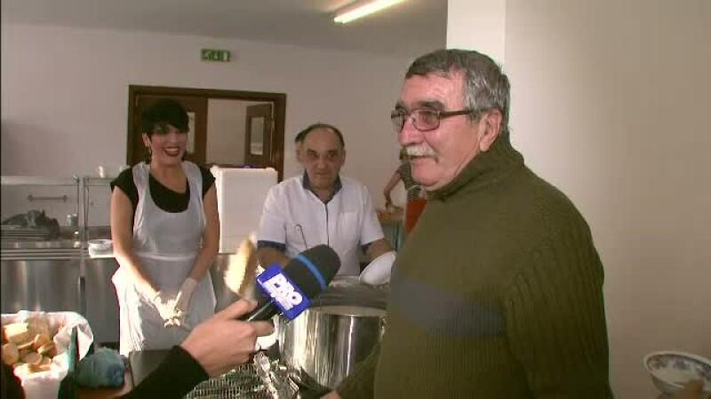 Chef Patrizia, gatind pentru oameni sarmani