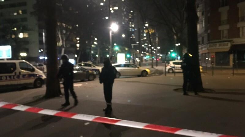Luare ostatici in Paris
