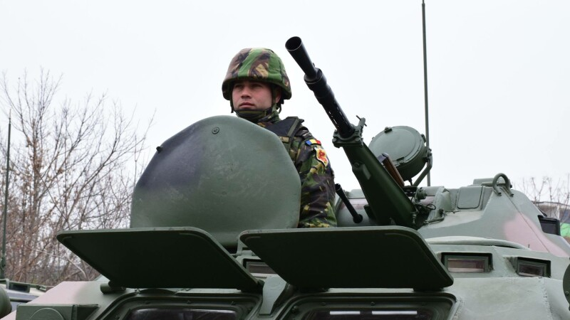 Ministrul Apararii: Romania isi va intari apararea din cauza politicii lui Putin.