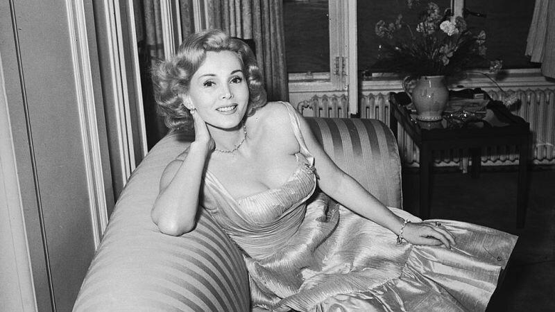 Zsa Zsa Gabor a murit la 99 de ani. A avut noua soti, dar i-a refuzat pe Elvis Presley si John F. Kennedy