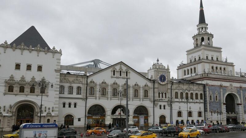 Alerta cu bomba in Moscova. Trei gari au fost evacuate dupa un telefon de amenintare