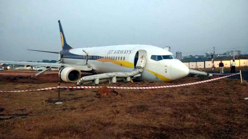 Un avion cu 154 de pasageri a ratat decolarea si a iesit de pe pista, in India. 15 persoane au fost ranite