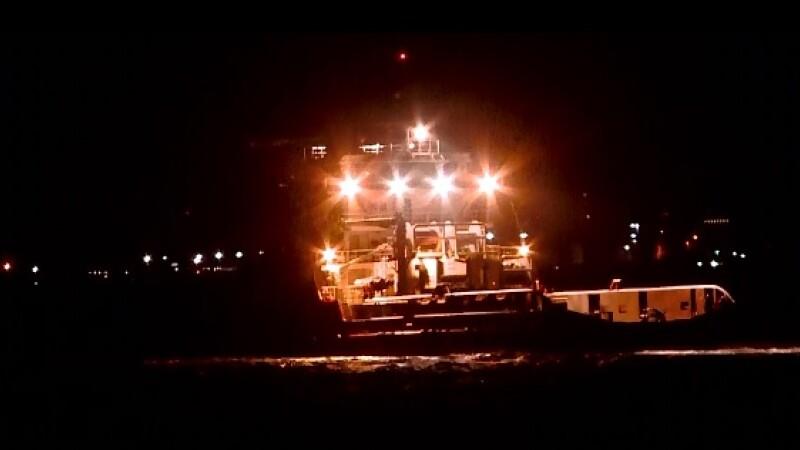 Alerta in largul Marii Negre. O nava a fost la un pas sa se scufunde din cauza furtunii si a valurilor de peste 6 metri