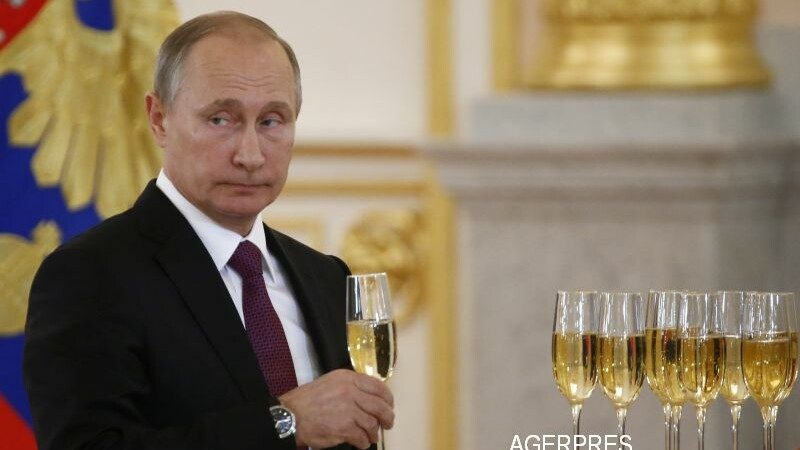 Putin, mesaj de Anul Nou catre Donald Trump, nu pentru Obama. Ce i-a transmis liderul de la Kremlin