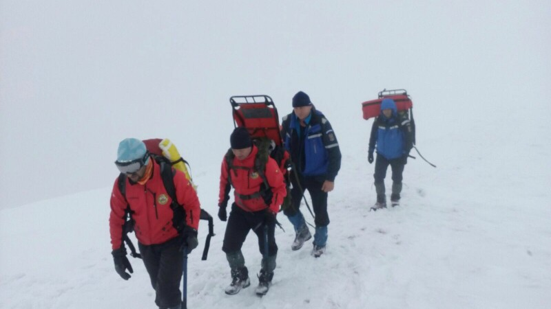 Turistul dat dispărut, după avalanșa din Masivul Parâng, a murit: Ar fi suferit leziuni grave la coloana cervicală