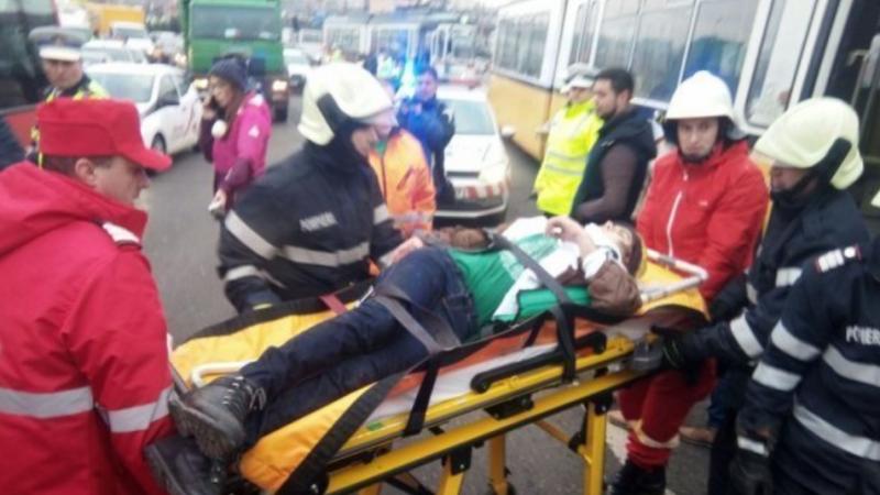 S-a aruncat în fața unui tramvai, în Iași