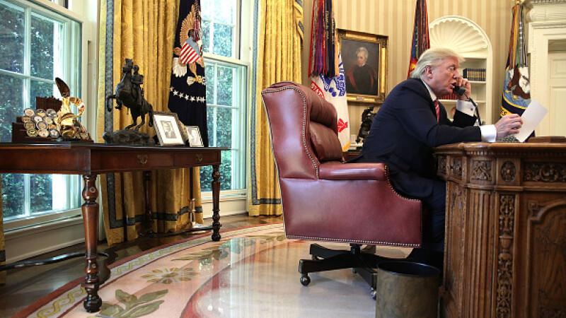 Donald Trump, în Biroul Oval