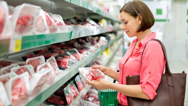 carne in supermarket