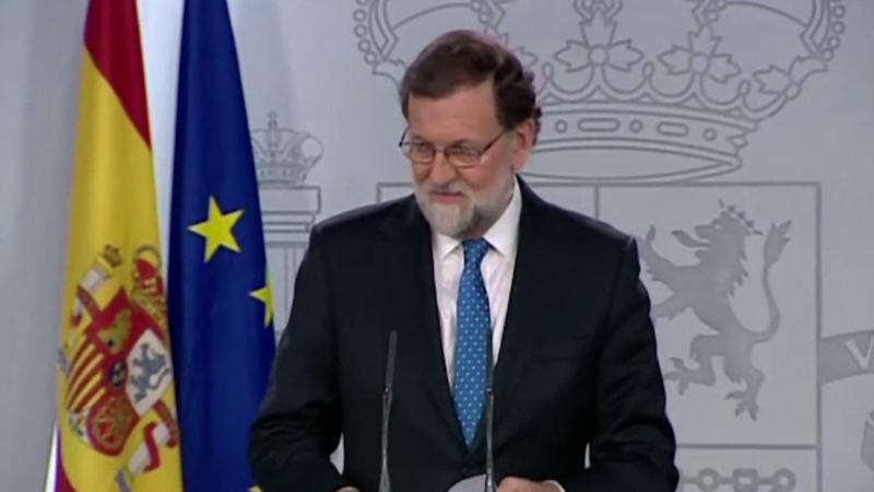 Premierul Spaniei vrea ca negocierile cu Puigdemont să fie pe teritoriul țării. Fostul președinte catalan refuză