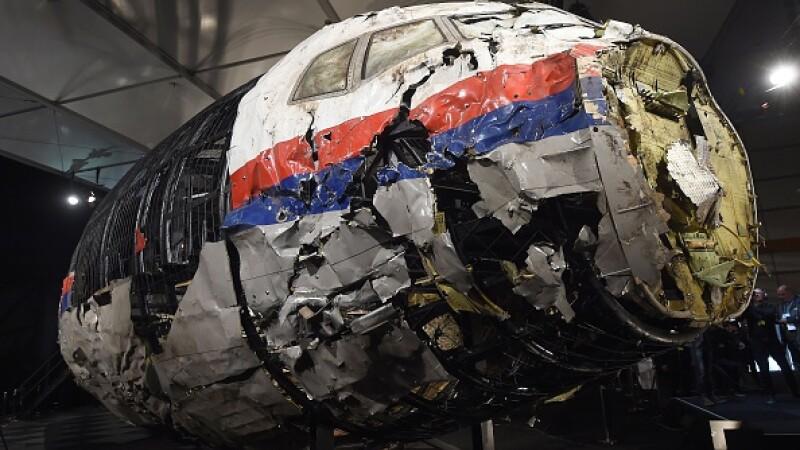 Cursa MH17, prăbușită în Ucraina, a fost doborâtă de o rachetă rusească