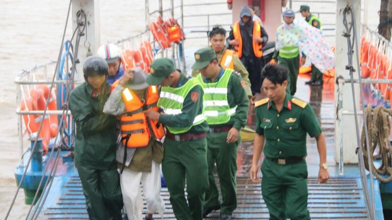 Evacuări Vietnam