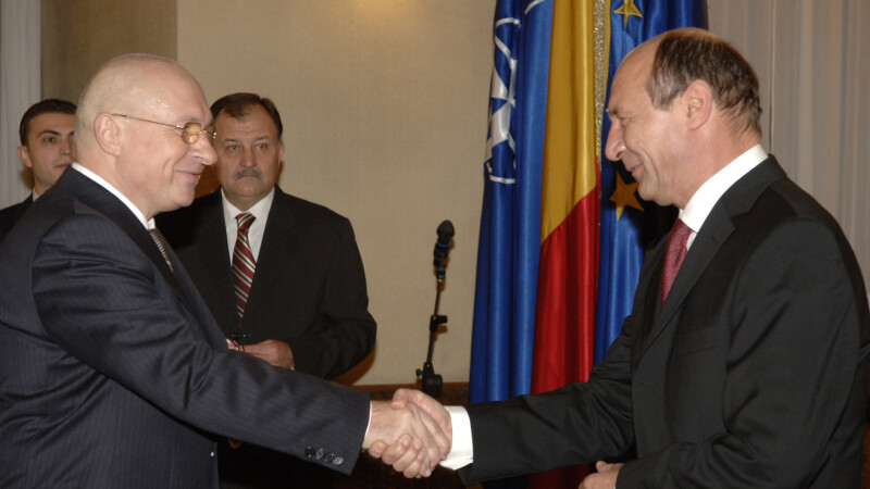 Traian Basescu, Mihai Lucan