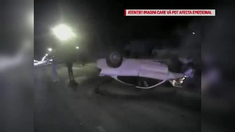 Trei tineri, salvaţi de poliţişti dintr-o maşină la un pas să explodeze