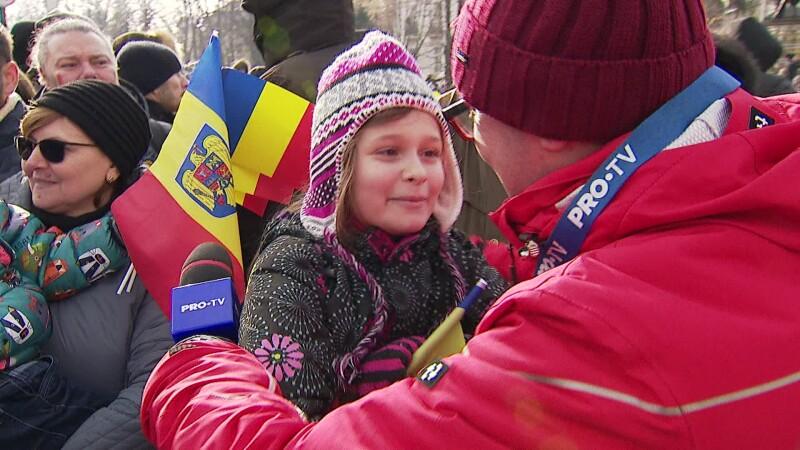 Reacţia unei fetiţe, întrebată dacă e mândră că e româncă