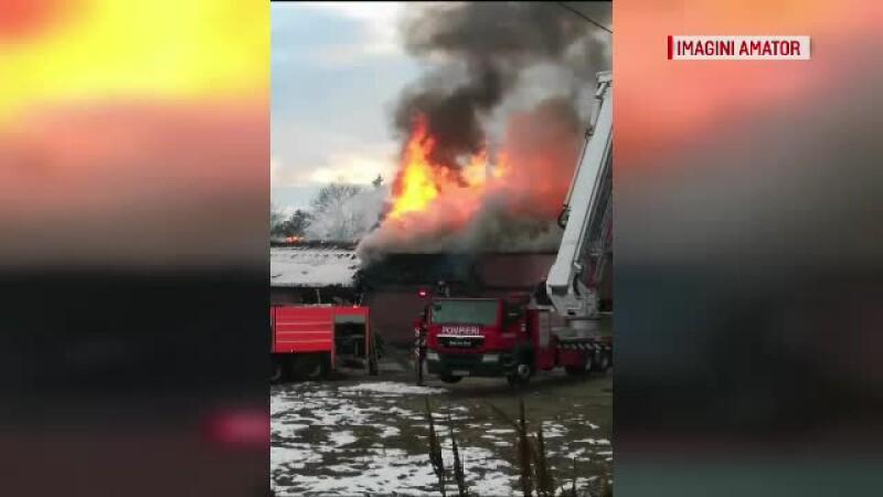 incendiu Roznov