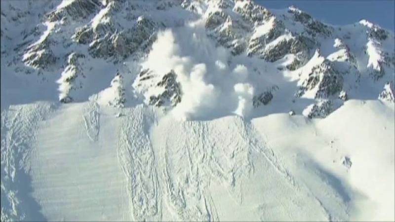 Risc de avalanşe în Munţii Pietrosul Rodnei şi Gutâi. Zăpada are chiar și 80 de cm
