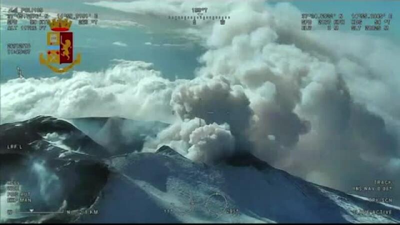 Peste 1.000 de cutremure în sudul Italiei, după ce vulcanul Etna a erupt