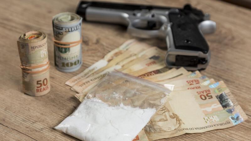 trafic droguri, bani